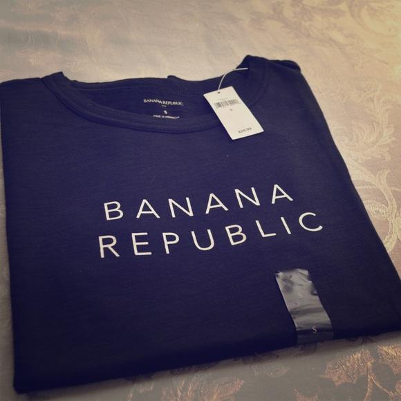 PICK A SIZE PURPLE NEW MEN'S BANANA REPUBLIC S//S GRAPHIC CREWNECK T-SHIRT
